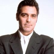 George Clooney - galeria zdjęć - Zdjęcie nr. 20 z filmu: Co z oczu, to z serca