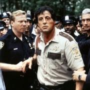 Robert De Niro - galeria zdjęć - Zdjęcie nr. 8 z filmu: Cop Land