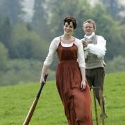 Anne Hathaway - galeria zdjęć - Zdjęcie nr. 41 z filmu: Zakochana Jane