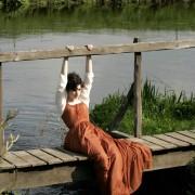 Anne Hathaway - galeria zdjęć - Zdjęcie nr. 42 z filmu: Zakochana Jane