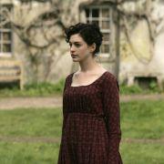 Anne Hathaway - galeria zdjęć - Zdjęcie nr. 6 z filmu: Zakochana Jane