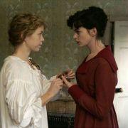 Anne Hathaway - galeria zdjęć - Zdjęcie nr. 32 z filmu: Zakochana Jane