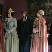 Anne Hathaway - galeria zdjęć - Zdjęcie nr. 33 z filmu: Zakochana Jane