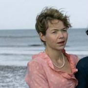 Anne Hathaway - galeria zdjęć - Zdjęcie nr. 34 z filmu: Zakochana Jane