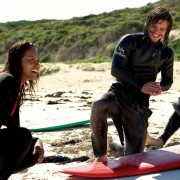 Lesley-Ann Brandt - galeria zdjęć - Zdjęcie nr. 2 z filmu: Bracia surferzy