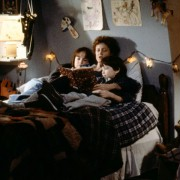 Susan Sarandon - galeria zdjęć - Zdjęcie nr. 10 z filmu: Mamuśka