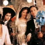 Helena Bonham Carter - galeria zdjęć - Zdjęcie nr. 17 z filmu: Miłość i śmierć w Wenecji