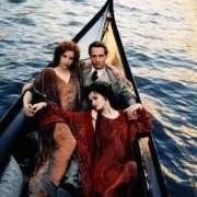 Helena Bonham Carter - galeria zdjęć - Zdjęcie nr. 13 z filmu: Miłość i śmierć w Wenecji