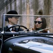 Ralph Fiennes - galeria zdjęć - Zdjęcie nr. 4 z filmu: Rewolwer i melonik