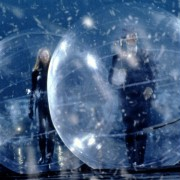 Ralph Fiennes - galeria zdjęć - Zdjęcie nr. 6 z filmu: Rewolwer i melonik