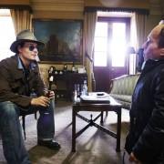 Johnny Depp - galeria zdjęć - Zdjęcie nr. 28 z filmu: Life's Too Short