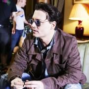 Johnny Depp - galeria zdjęć - Zdjęcie nr. 12 z filmu: Life's Too Short