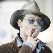 Johnny Depp - galeria zdjęć - Zdjęcie nr. 1 z filmu: Life's Too Short