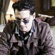 Johnny Depp - galeria zdjęć - Zdjęcie nr. 11 z filmu: Life's Too Short
