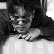 Johnny Depp - galeria zdjęć - Zdjęcie nr. 9 z filmu: Life's Too Short