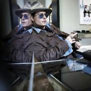 Johnny Depp - galeria zdjęć - Zdjęcie nr. 4 z filmu: Life's Too Short