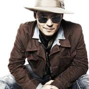 Johnny Depp - galeria zdjęć - Zdjęcie nr. 2 z filmu: Life's Too Short