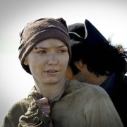 Eleanor Tomlinson - galeria zdjęć - Zdjęcie nr. 2 z filmu: Poldark - Wichry losu