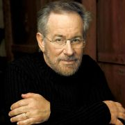 Steven Spielberg - galeria zdjęć - Zdjęcie nr. 1 z filmu: Terra Nova