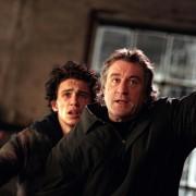 Robert De Niro - galeria zdjęć - Zdjęcie nr. 8 z filmu: Dochodzenie