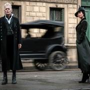 Johnny Depp - galeria zdjęć - Zdjęcie nr. 8 z filmu: Fantastyczne zwierzęta: Zbrodnie Grindelwalda