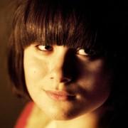 Yasmin Paige - galeria zdjęć - Zdjęcie nr. 10 z filmu: Moja łódź podwodna