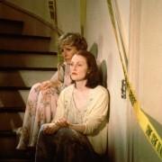 Julianne Moore - galeria zdjęć - Zdjęcie nr. 5 z filmu: Kto zabił ciotkę Cookie?