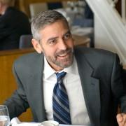 George Clooney - galeria zdjęć - Zdjęcie nr. 15 z filmu: Tajne przez poufne