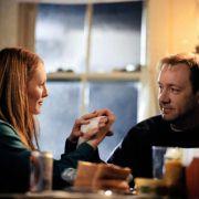 Julianne Moore - galeria zdjęć - Zdjęcie nr. 6 z filmu: Kroniki portowe