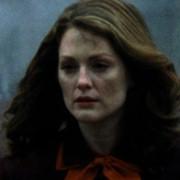 Julianne Moore - galeria zdjęć - Zdjęcie nr. 1 z filmu: Koniec romansu