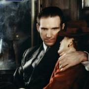 Ralph Fiennes - galeria zdjęć - Zdjęcie nr. 10 z filmu: Koniec romansu