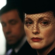 Julianne Moore - galeria zdjęć - Zdjęcie nr. 10 z filmu: Koniec romansu