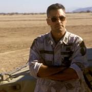 George Clooney - galeria zdjęć - Zdjęcie nr. 10 z filmu: Złoto pustyni