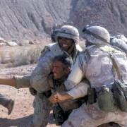 George Clooney - galeria zdjęć - Zdjęcie nr. 15 z filmu: Złoto pustyni