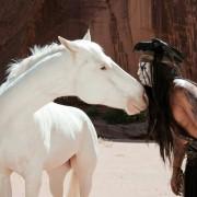 Johnny Depp - galeria zdjęć - Zdjęcie nr. 9 z filmu: Jeździec znikąd