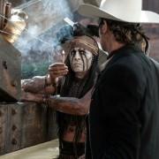 Johnny Depp - galeria zdjęć - Zdjęcie nr. 16 z filmu: Jeździec znikąd