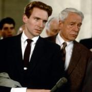Ralph Fiennes - galeria zdjęć - Zdjęcie nr. 5 z filmu: Quiz Show