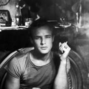 Marlon Brando - galeria zdjęć - Zdjęcie nr. 5 z filmu: Tramwaj zwany pożądaniem