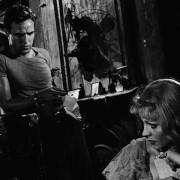 Marlon Brando - galeria zdjęć - Zdjęcie nr. 13 z filmu: Tramwaj zwany pożądaniem