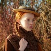 Amybeth McNulty - galeria zdjęć - Zdjęcie nr. 14 z filmu: Ania, nie Anna