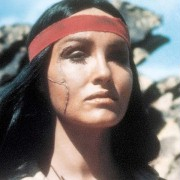 Julie Newmar - galeria zdjęć - filmweb