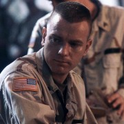 Ewan McGregor - galeria zdjęć - Zdjęcie nr. 2 z filmu: Helikopter w ogniu