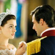 Anne Hathaway - galeria zdjęć - Zdjęcie nr. 11 z filmu: Pamiętnik księżniczki 2: Królewskie zaręczyny