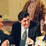 Dick Suskind - Alfred Molina