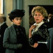 Helena Bonham Carter - galeria zdjęć - Zdjęcie nr. 5 z filmu: Tam, gdzie nie chadzają anioły
