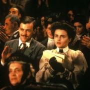 Helena Bonham Carter - galeria zdjęć - Zdjęcie nr. 7 z filmu: Tam, gdzie nie chadzają anioły