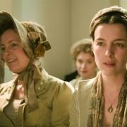 Imogen Poots - galeria zdjęć - Zdjęcie nr. 2 z filmu: Jane Austen żałuje