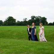 Imogen Poots - galeria zdjęć - Zdjęcie nr. 3 z filmu: Jane Austen żałuje