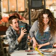 Anne Hathaway - galeria zdjęć - Zdjęcie nr. 17 z filmu: Miłość i inne używki