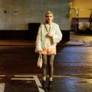 Imogen Poots - galeria zdjęć - Zdjęcie nr. 23 z filmu: Nauka spadania